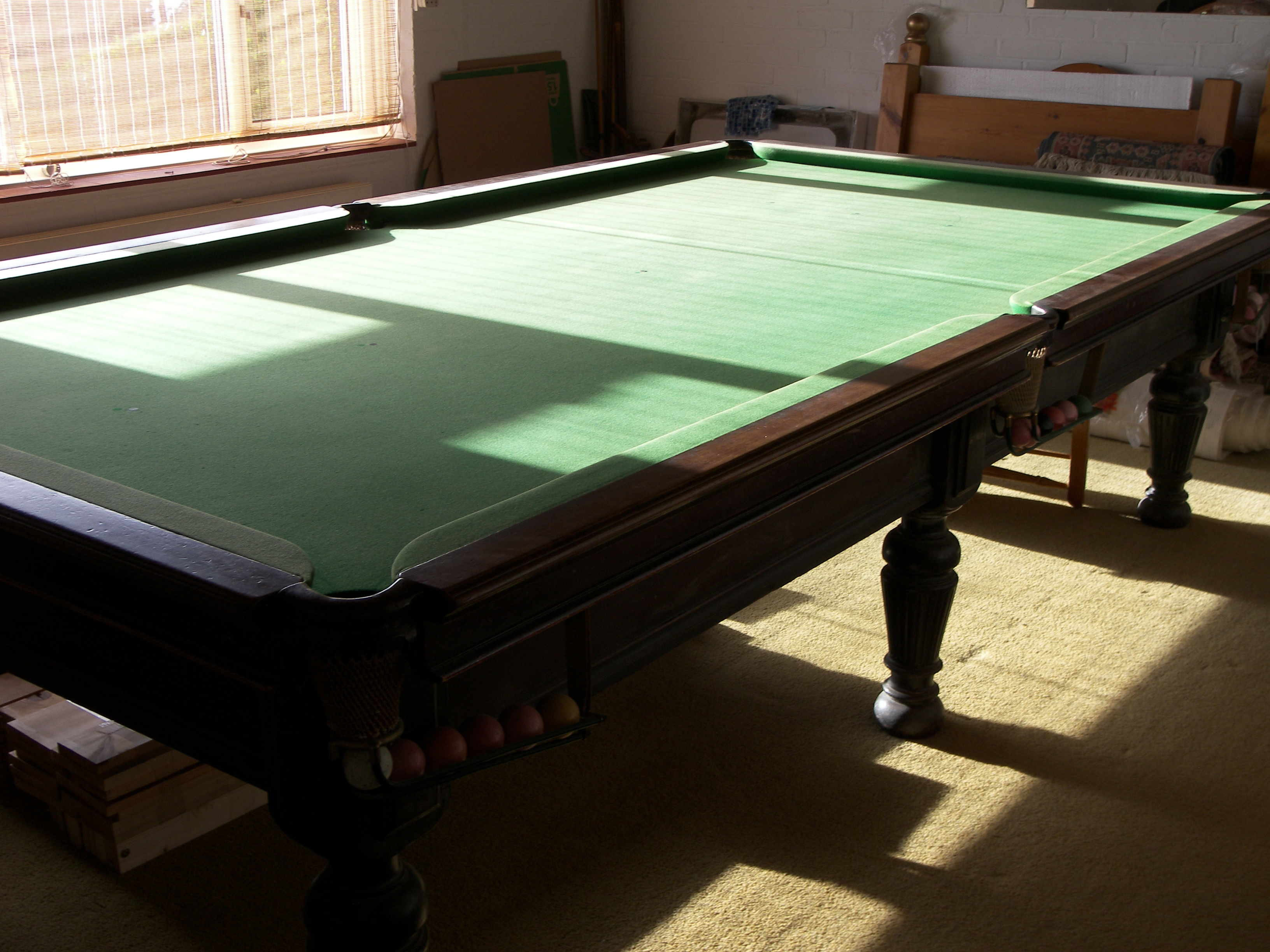 10 ft burroughs and watts snooker table for sale in the
